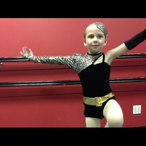 Other - Girls dance costume with accessories
